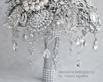 FULL PRICE! The Great Getsby Crystal wedding brooch bouquet, Jeweled Bouquet. Ready to ship Quinceanera keepsake bouquet