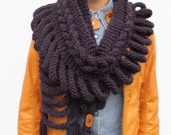Made to Order Handknit VIOLET Wool SCARF - Scarf with Wooden Buttons Purple Wool Scarf gift For Her, Under 75 USD