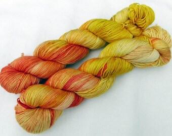 Merino Yarn handpainted Knitting Yarn, 100 % Wool  superwash 100g 3.5 oz.  Nr. M 148