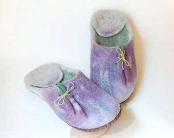 Lavender art slippers ,Natural lavender oil smell,Women felted slippers ,Summer design slippers ,Grey and lavender blue colors 8.5 US