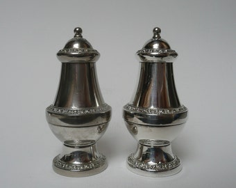 Silver plated IANTHE of ENGLAND salt and pepper shakers