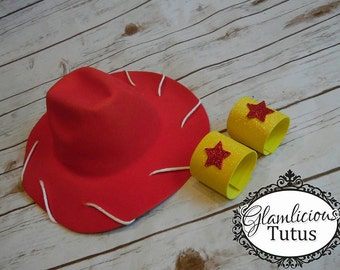 Cowgirl hat & cuffs | Other colors options