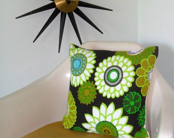 Accent Pillow * Handmade * Vintage Flower Power * Cotton Upholstry Weight Fabric with Insert