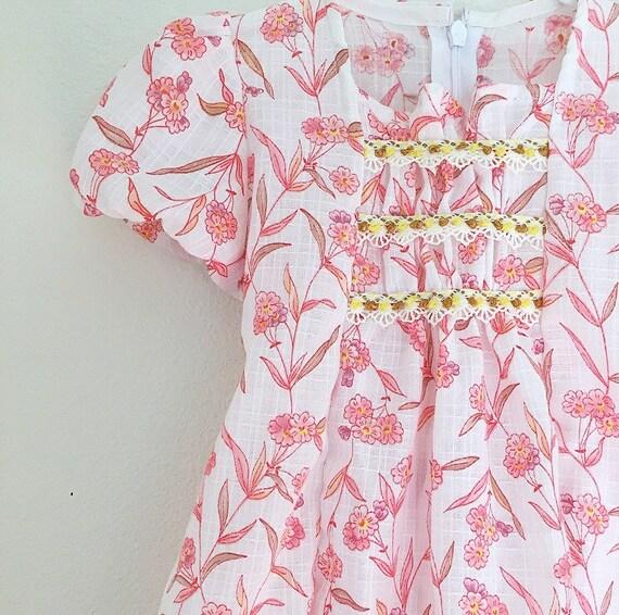 Girls Flower Dress/Vintage Dress/pink dress/Peasant style/70s