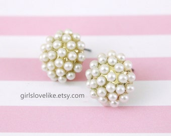 Ivory Pearl Cluster  Studs Earrings, Pearl Earrings, Bridal Pearl Earrings, Bridesmaid Pearl Earrings, Flower Girl Earrings