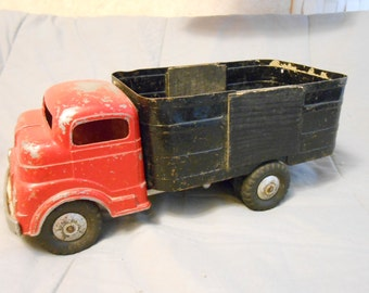 1950's Structo Wind-Up Delivery Truck