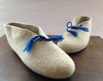 Vintage felted slippers Gray felt slippers Handmade slippers Grey blue sneakears House shoes