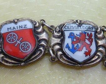VINTAGE sterling GERMANY SOUVENIR souvenir enamel charm bracelet
