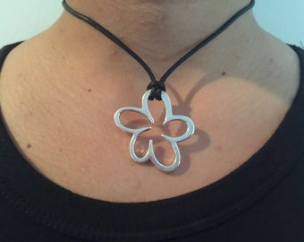 Silver Flower Choker