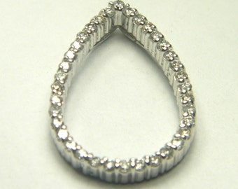 14kt white gold diamond pendant pear shape