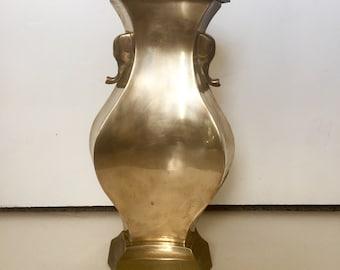 Vintage Hollywood Regency Brass Elephant Lamp