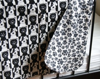 Black and White Crib Blanket for Baby or Toddler. Cats and Dogs Print. All Cotton