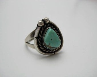 Turquoise and Silver Ring Vintage 70s ECS