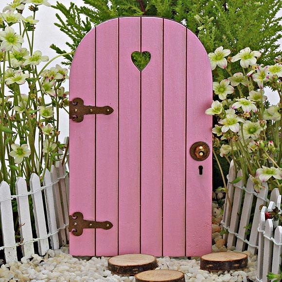 Fairy door fairy garden miniature wood carnation pink with for Miniature fairy garden doors