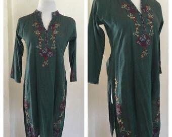 Sale 70s India Dress - Bohemian Embroidered Tunic Dress - Hippie Dress - Boho Festival Dress