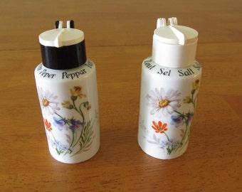 Gerold-Porzellan Salt, Pepper, 7566, Summer Flowers, Bavaria, Made in W. Germany