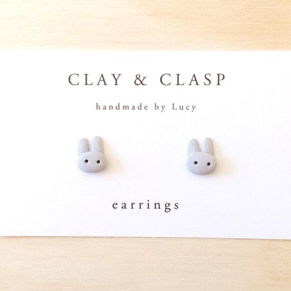 Grey bunny rabbit earrings
