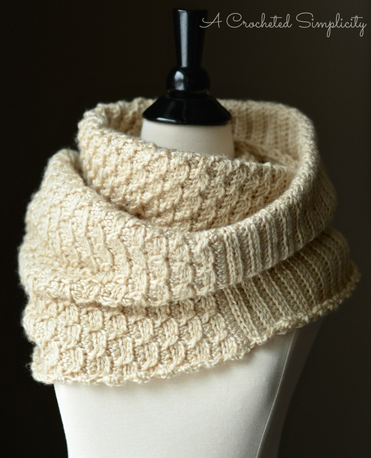 Knitted Infinity Cowl Pattern : Crochet Pattern: Knit-Look Infinity Stitch Cowl
