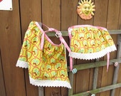 Green and Pink Mommy and Me Apron Set of Two, 1960s style fabric, AprC8