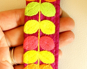 Fuchsia Pink Fabric Trim With Pink, Yellow, Orange And Green Embroidery, Approx. 35mm Wide - 140316L174B