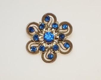 "Little 1 5/8"" Blue Crystal Rhinestone Tarnished Gold Tone Filigree Flower Pin Brooch"