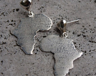 Silver earrings with heart Africa