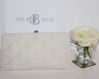 A Vintage Beaded Wedding Clutch That Is Perfect For Today's Modern Bride