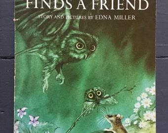 MOUSEKIN Finds A Friend 1967 Edna Miller Children's Book 60s