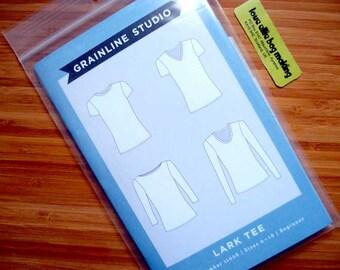 Sewing Pattern - Lark Tee T-Shirt - PRINTED pattern - Sizes 0-18 -Beginner - Grainline Studio