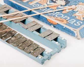 Vintage Metallophone made by Soviets. Retro Xylophone made in USSR. Nice Contion with original box. Children instrument.
