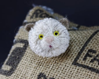 Cat pompom badge/hair clip - animal pompom - quirky cat gift brooch