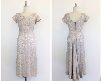 50s Blue & Ivory Lace Party Dress / 1950s Vintage Lace Hourglass Wiggle Dress / Medium / Size 6