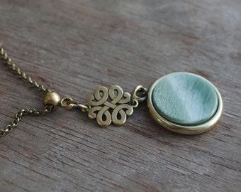 Seafoam . Green Cabochon Necklace