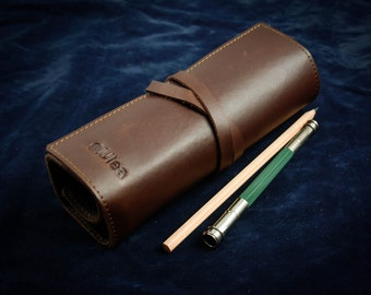 Leather Pencil Roll Double-layer Crazy-horse Artist Roll Pencil Case Tool Roll Brush Roll Paintbrush Roll Personalized Artist L2113-RBr01