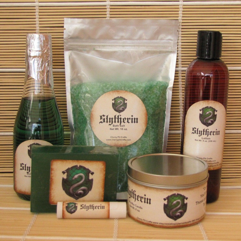 Slytherin harry potter themed spa gift set bath salt soy