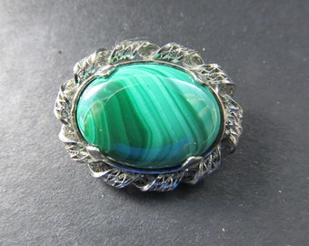 Sterling silver and malachite pin this pin is 1 x 1/4 x 1 inch