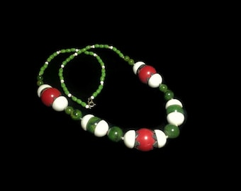 Genuine Marbled Green or Spinach Bakelite with Red & White Beads Necklace, Festive