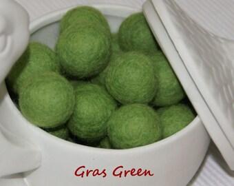 Christmas green Felt Balls, Felt Beads, Pom Poms, Wool Beads , light CHRISTMAS GREEN, GRAS Sizes 1.0 cm, 1.5 cm, 2.0 cm,2.5 cm,3.0 cm,4.0 cm