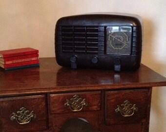 Restored Large c1945 Bakelite Radio Strad PW461 fully working