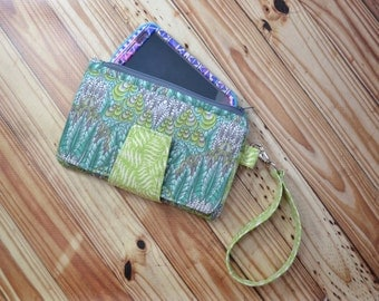 Pearl Wallet Clutch, Smartphone wallet, cloth wallet, Tula Pink Foxfield green/gray wallet - Ready to Ship