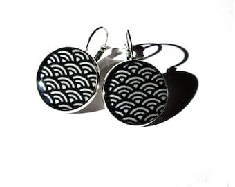 Geometric earrings, Abstract pattern, Japanese earrings, Dangle earrings, Ethnic Jewelry, Black and White, Statement Earrings, tribal