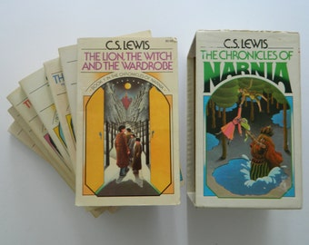 The Chronicles of Narnia by C.S. Lewis - complete set with slipcase