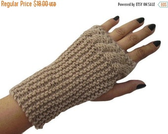 ON SALE Cable Knit Fingerless Mitten, Beige, Wool, Fingerless Glove, Wool Mitt, Handknit, Wrist Warmers