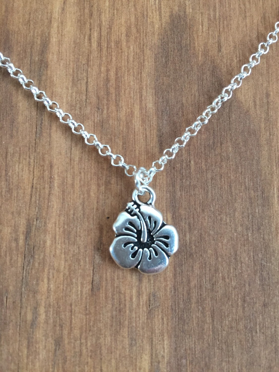 Simple Silver Hibiscus Flower Pendant Necklace