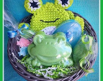 Down by the Pond kids gift basket,  kids spa gift, bath and body gift set, vegan gift set, spa gift basket,  kids gift, pond animals
