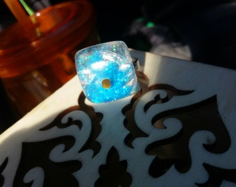 Quirky blue resin ring (adjustable)