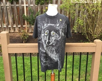 Black Tshirt with Wolf // 80's // 90's  // graphic // Large //
