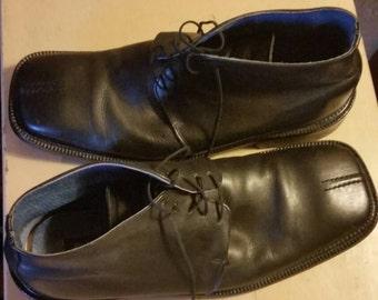 Vintage leather men's ankle dress boots, lace up, size 44/11 US.