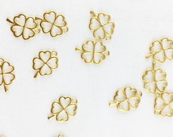 Four Leaf Clover Heart Charm // Gold Finish // Combo Bracket 2 {CG101}