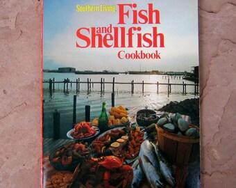 Fish and Shellfish Cookbook, Southern Living Fish and Shellfish Cookbook, 1974 Vintage Cookbook
